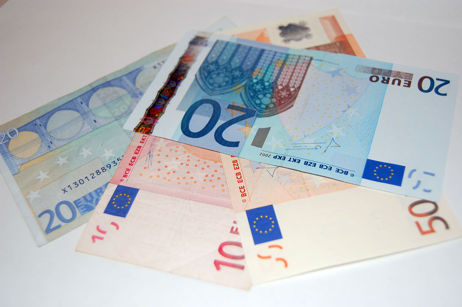 Fan-of-euro-banknotes